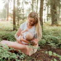 spokane birth photographers, in home birth photography, breastfeeding photos spokane