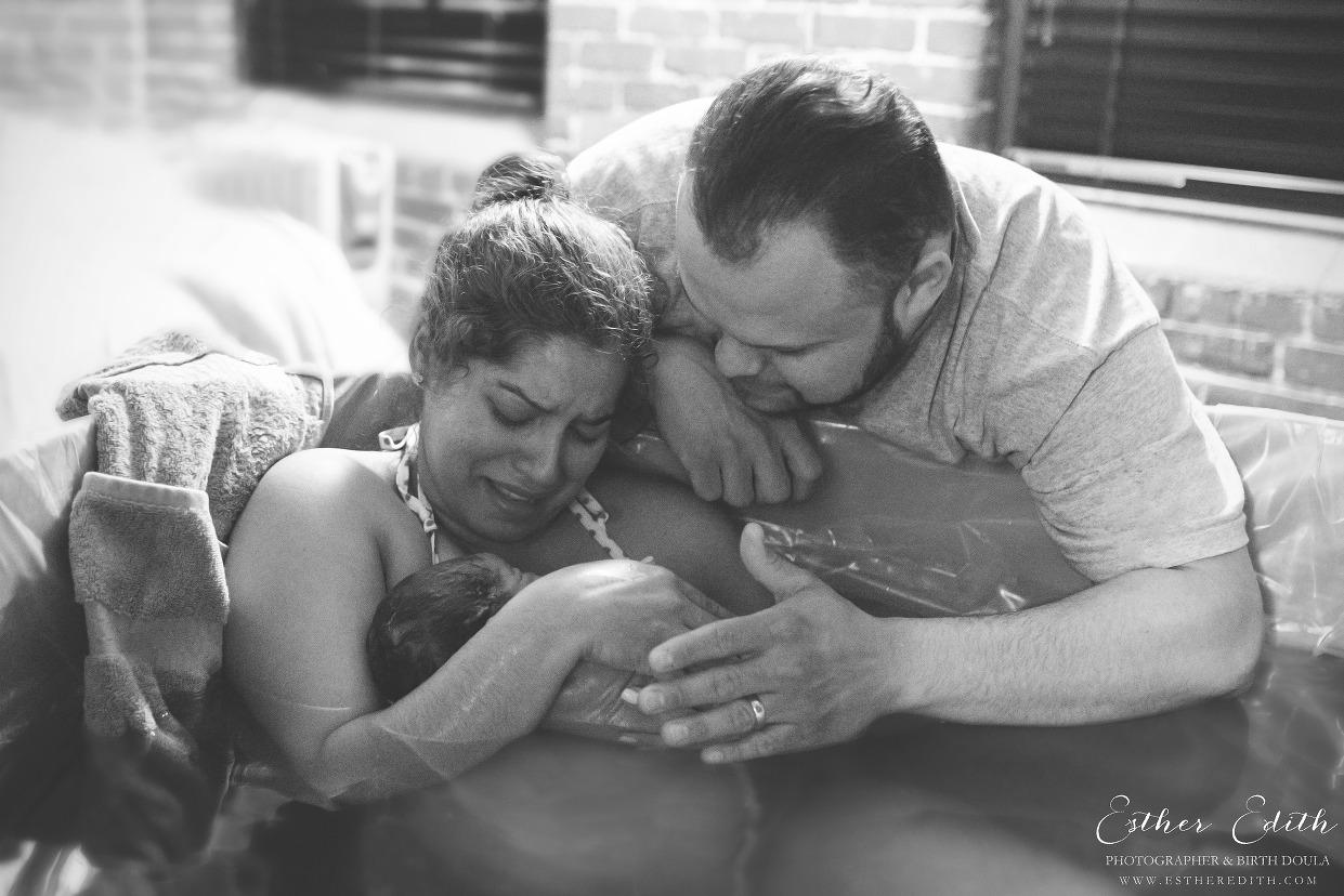Esther Edith, Spokane homebirth photography, birth photographers, waterbirth, gentle birth, natural birth, birth photos, black and white, Spokane birth photographers