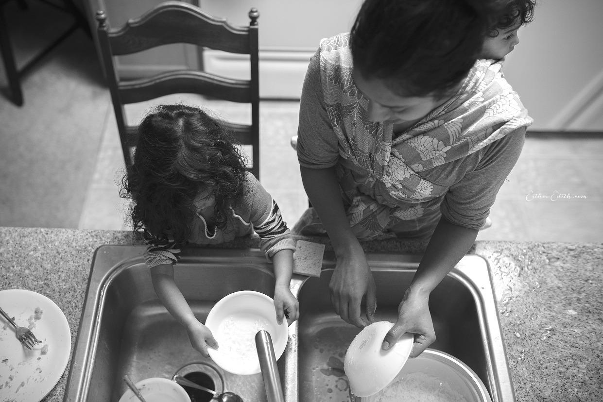 Babywearing Photography, Spokane Photographers, Esther Edith Photographer and Doula, Motherhood Photography Spokane (16)