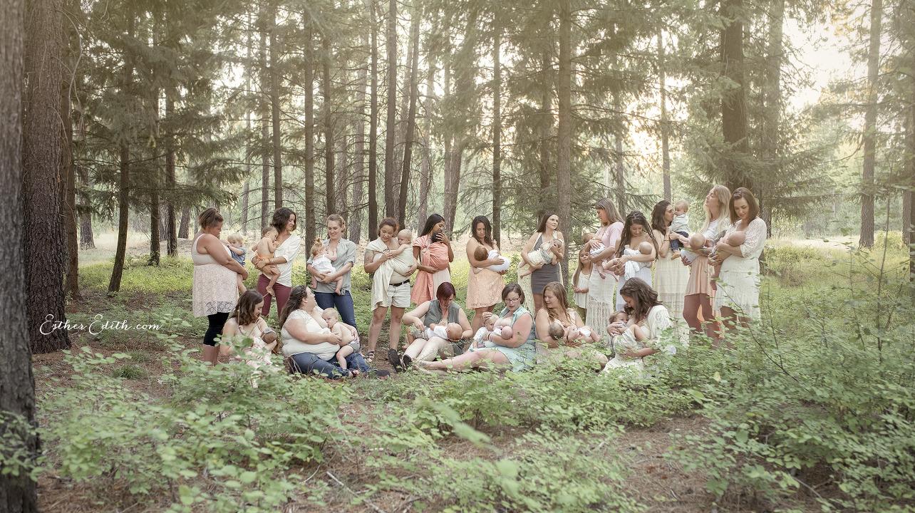Breastfeeding Group Portrait, Professional Breastfeeding Photography, Nursing Portraits, Spokane Motherhood Photography, Esther Edith Photographer and Doula, Enchanted Woods, Spokane Photographers