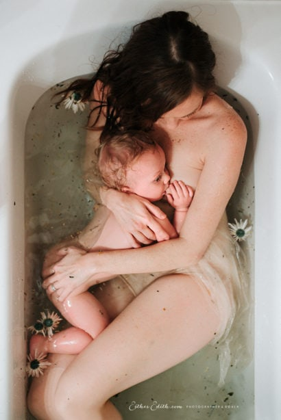 motherhood photography, spokane lifestyle family photography, Spokane and CDA family photos, mother and child photography spokane, breastfeeding photography Spokane, herbal bath photos, milk bath photography