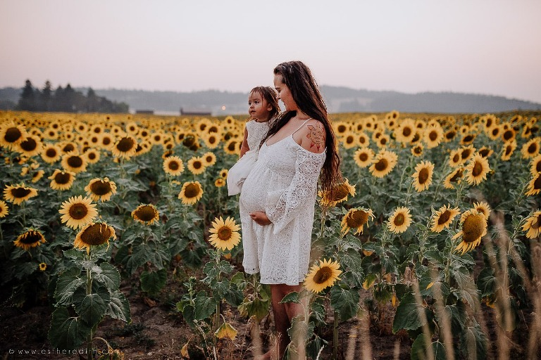 best maternity photographers spokane, spokane maternity pictures, indoor beautiful maternity couple, outdoor maternity pictures, maternity gowns, organic maternity, simple natural light, lifestyle family maternity portraits, professional maternity pictures, pregnancy, baby bump, spokane valley
